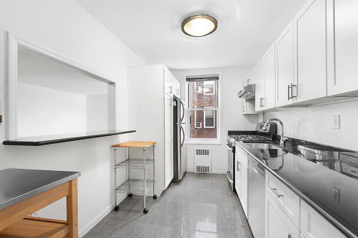 243 Mcdonald Ave Apt 5k Brooklyn Ny 11218 Zillow