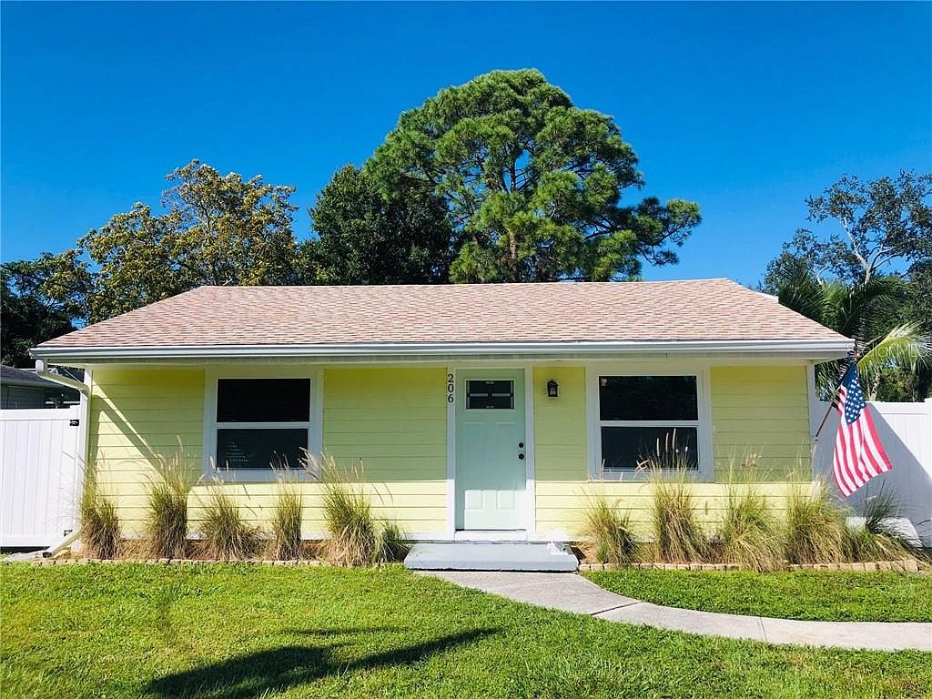206 36th St W Bradenton Fl 34205 Mls A4481987 Zillow
