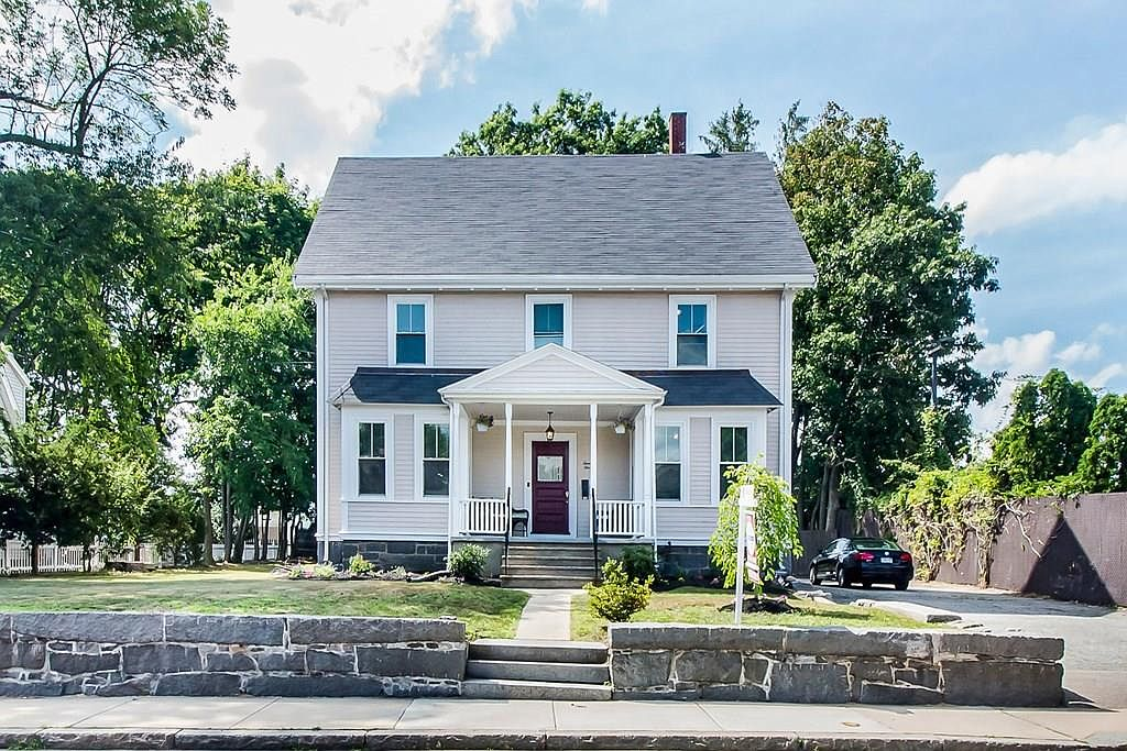 21 Robertson St Quincy Ma 02169 Zillow