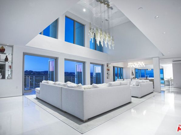 Westwood Los Angeles Luxury Apartments For Rent 242 Rentals Zillow