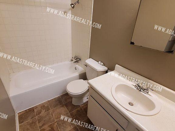 811 N Washington St, Spring Hill, KS 66083 | Zillow