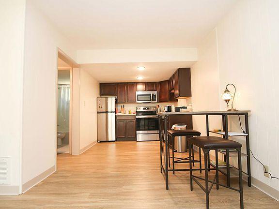 The Axis At 1435 Apartment Rentals Lexington Ky Zillow
