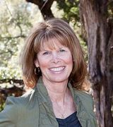 Julie  Harris, Agent in Wimberley, TX