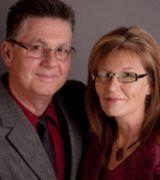 Glenn and Pa…, Real Estate Pro in Oak Hills, CA