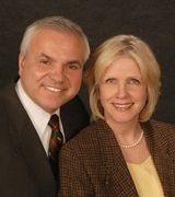 Mary Ann &  Gerald Laurita, Agent in Westport, CT