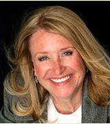 Emily Smith, Real Estate Agent in Mesa, AZ