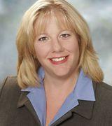 Nicole Larsen, Real Estate Pro in Burien, WA