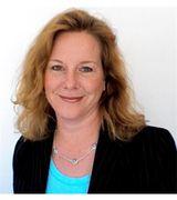 Jill Commins , Real Estate Pro in Niantic, CT