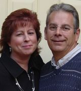 Shawn and Sharon McCormick, Agent in Centerville, OH