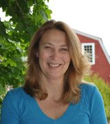 Pamela Reeves, Agent in East Lyme, CT