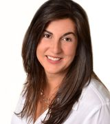 Kelly DeFran…, Real Estate Pro in New Canaan, CT