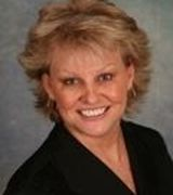 Beverly Wolff, Real Estate Agent in Saint Charles, IL
