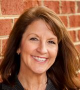 Traci Oliver, Real Estate Agent in McLean, VA