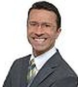 Gabriel Bedoya, Agent in NY,