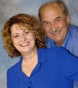 Angie and AL Wilderman, Agent in London, OH