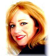 Donna Gomes, Real Estate Pro in CUMBERLAND, RI