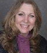 Carolyn Hurl…, Real Estate Pro in Centreville, VA