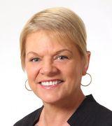 Monica McMahon, Agent in Huntington, NY