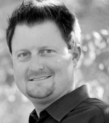 Justin W Jones, Agent in Redding, CA