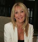 Cindy Reyf, Agent in Naples, FL