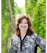 Julie Treadw…, Real Estate Pro in Dickinson, TX
