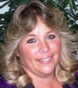 Lisa Vigil, Agent in Douglas, WY