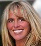 Toni Hill, Agent in Maple Grove, MN