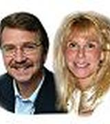 Chip Sutton and Kim Wells, Real Estate Agent in Derry, NH