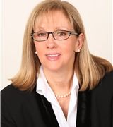 Victoria Scarnuley, Real Estate Agent in Trumbull, CT
