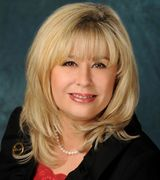 Phyllis Realmuto, Real Estate Agent in Port Washington, NY