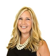 Donnamarie C…, Real Estate Pro in East Norwich, NY