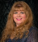 Lynn Papenbr…, Real Estate Pro in Blue Springs, MO