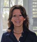greta mclaughlin, Real Estate Agent in huntington, NY