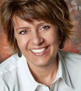 Lynda Larcom, Agent in Rockford, IL