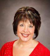 Julie Hahn, Agent in Annandale, VA