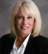 Cindy Dillon, Real Estate Agent in Hartland, MI