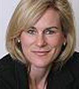 Kelly Loucas, Agent in Westport, CT