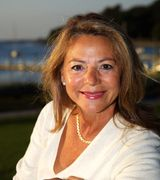 Jolie Powell Port Jeff/3V  Expert, Real Estate Agent in PORT JEFFERSON, NY