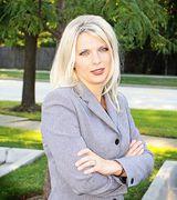 Larysa Bustamante, Agent in Bloomingdale, IL