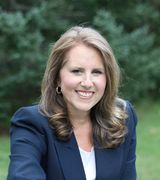 Julie Crowley, Real Estate Agent in Southampton, NY