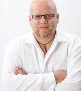 Nestor Sanch…, Real Estate Pro in Orlando, FL
