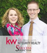 Jonas & Holly Stomberg, Real Estate Agent in Roseville, MN