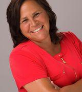Karen Holtzclaw, Agent in Moyock, NC