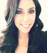 Stefanie Sarris Runlett, Real Estate Agent in Westport, CT