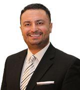 Henri Vasquez, Real Estate Pro in Wheaton, IL