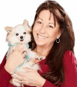 Christine May Pet Friendly Realtor, Agent in Oakbrook Terrace, IL