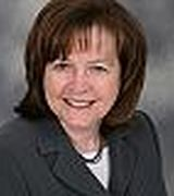 Michele Dowling, Real Estate Agent in Trumbull, CT