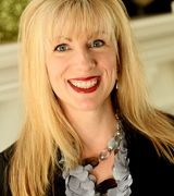 Suzanne Powe…, Real Estate Pro in Shorewood, WI