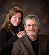 Clay and Sharon Fralick, Agent in Marshfield, WI