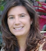 Susan Deloria, Agent in Lahaina, HI